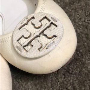 Tory Burch Shoes - Tory Burch off-white Minnie travel leather flats